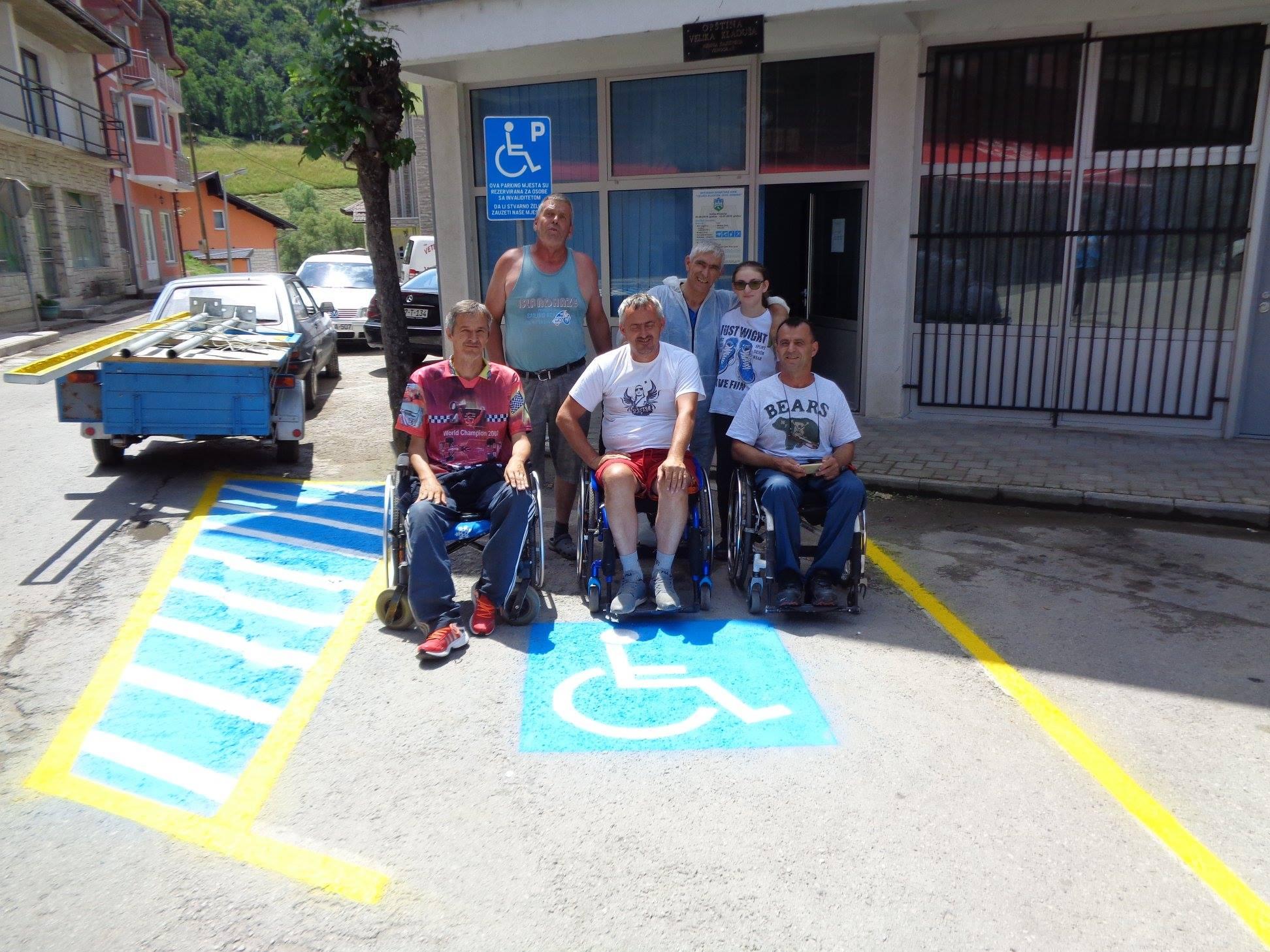 Pronalazak slobodnog mjesta za parkiranje vozila u Splitu ravan je dobitku na lutriji, to znaju svi, pa i brojni motorizirani turisti.