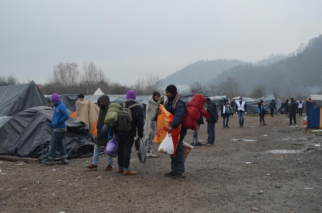 rvk_izmjestanje-migranata-21110105.jpg