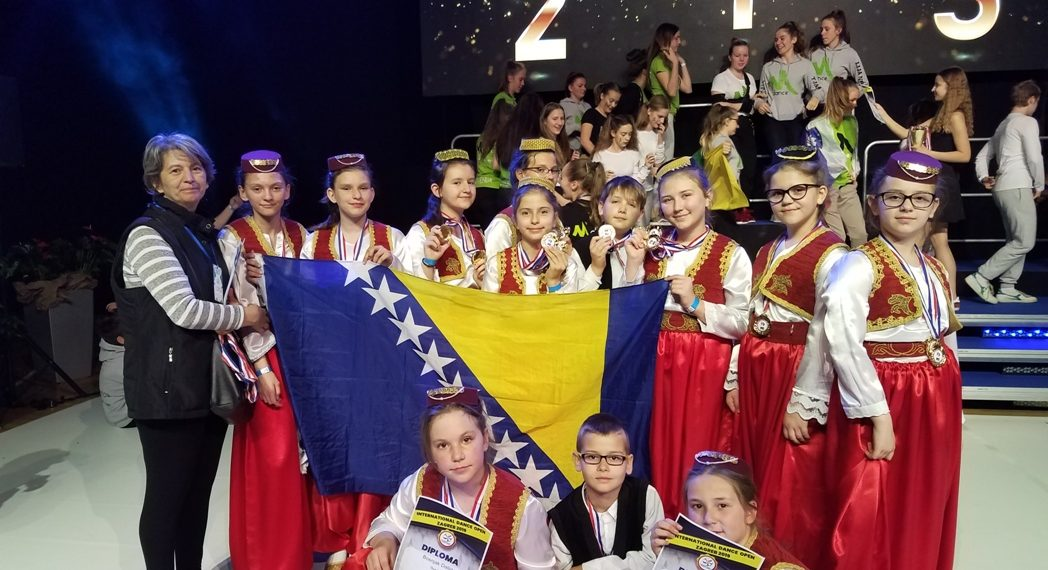 """KUD-u """"Biser"""" četiri prva mjesta na svjetskom plesnom takmičenju u Zagrebu"""