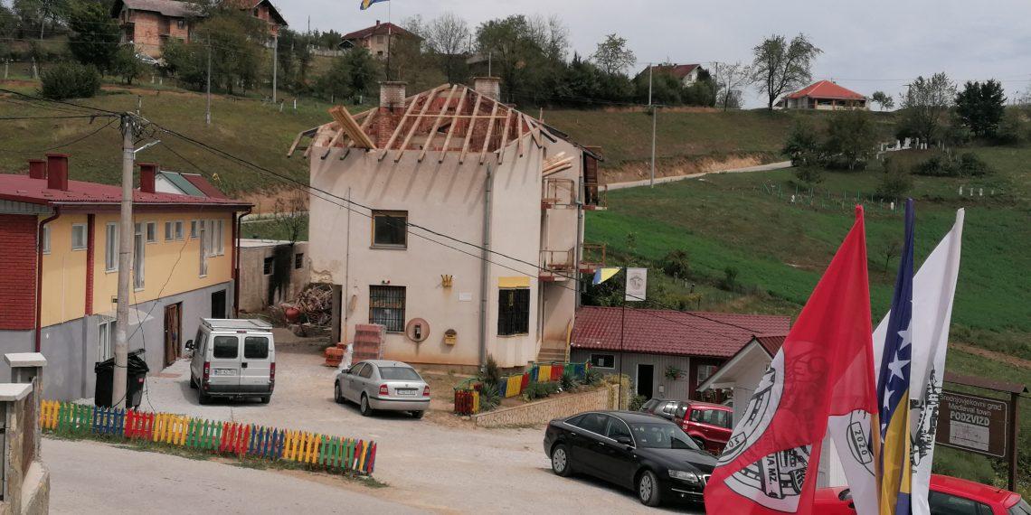 Prva faza obnove objekta zgrade MZ Podzvizd počela u augustu 2020.
